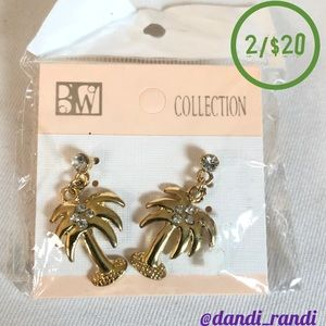Gold Tone Palm Tree Earrings with Rhinestones NOC